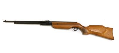 Lot 31 - A Relum Tornado .22 air rifle